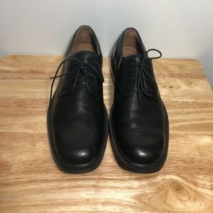Banana Republic Men's 9M Leather Shoes Preowned